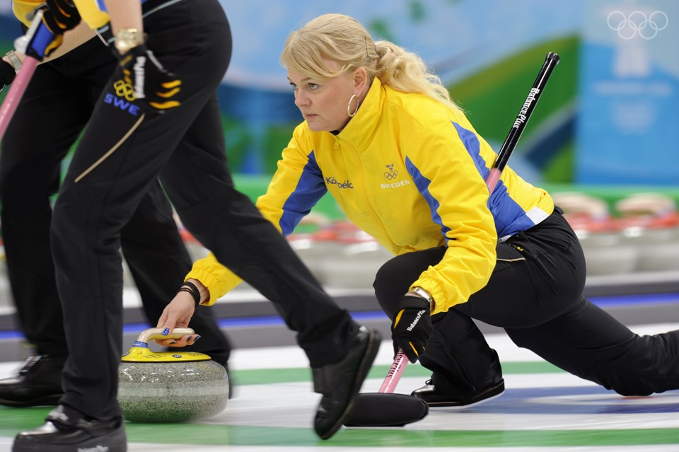 thumbnail_15_00-curling-FIN-1-960